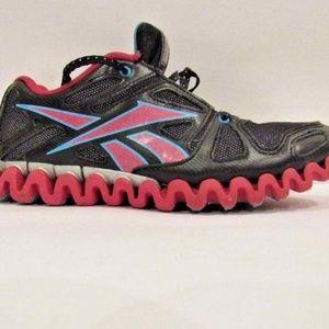 Reebok Zig Nano Size 5.5 Sneakers Shoes For Women
